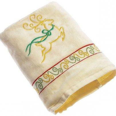 Махровое полотенце Homeline. Christmas Олени кремовое