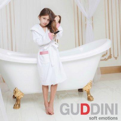 Махровый детский халат для девочки с капюшоном Guddini. Sofi белый