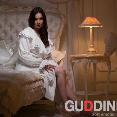Махровый женский халат Guddini. Isa молочный