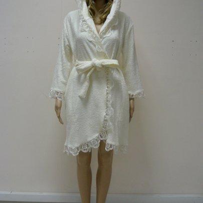 Nusa, халат женский, модель 031 кремового цвета