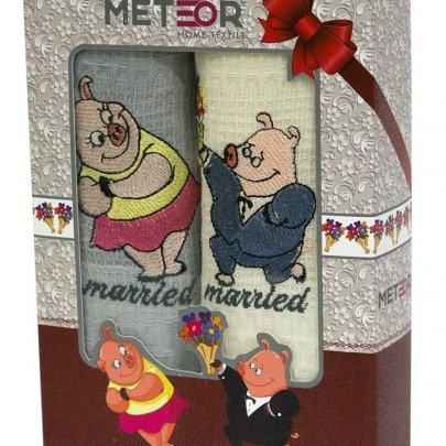 Новогодний набор из 2х кухонных полотенец Meteor. Married Pigs
