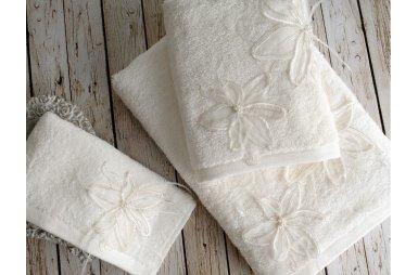 Набор махровых полотенец Irya. Lily молочного цвета, 30х50 см, 3 предмета, в коробке