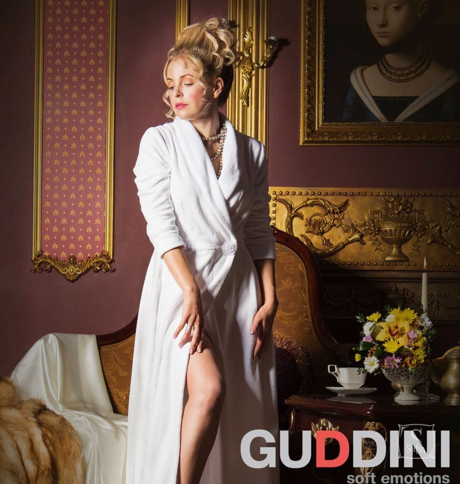 eba2c61a9f9d Махровый женский халат Guddini. Belladonna белый, рост модели 175-180 см ...