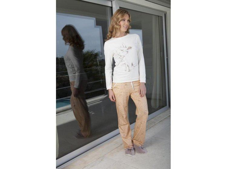 Пижама с брюками Hays. Модель 4029