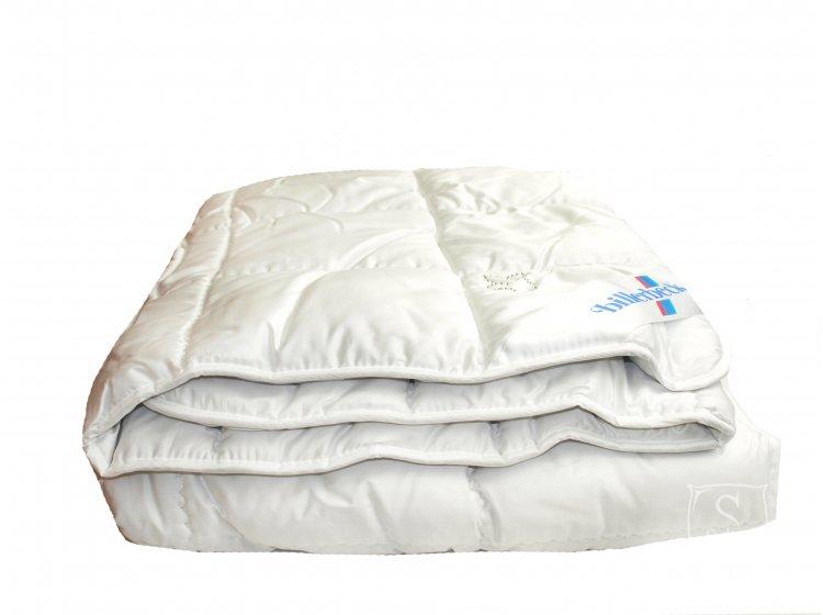 Одеяло Billerbeck. Камелия из верблюжьей шерсти детское, размер 110х140