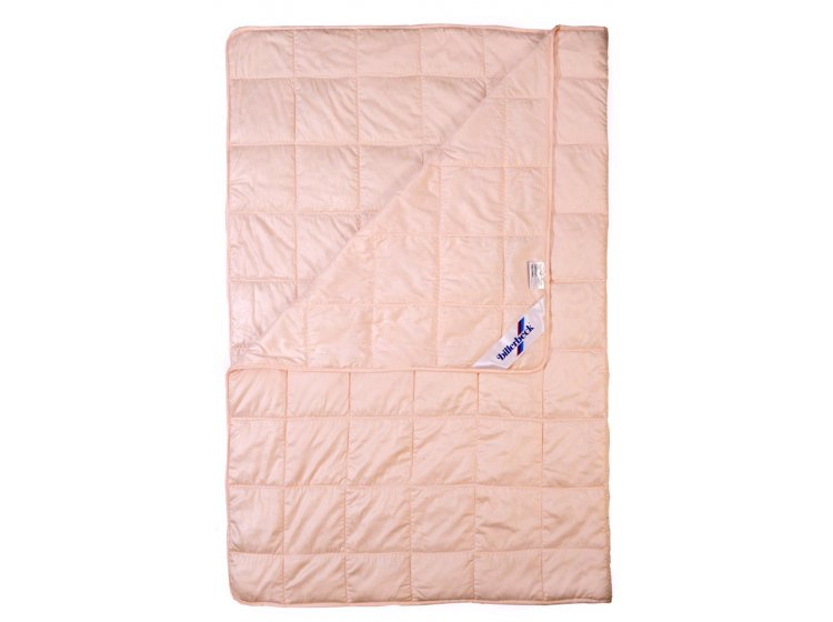 Одеяло Billerbeck. Бамбус из бамбукового волокна детское розового цвета
