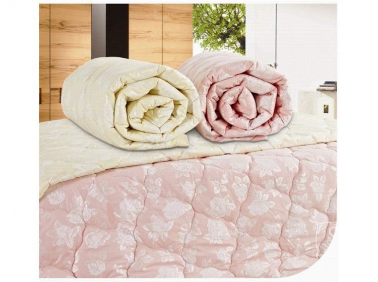 Одеяло Arya Bamboo с розами. Бежевого цвета в ассортименте