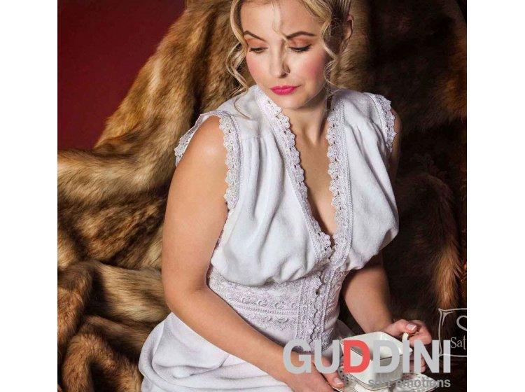 1fed4623084c ... Махровый женский халат Guddini. Talina белый, рост модели 175-180 см ...