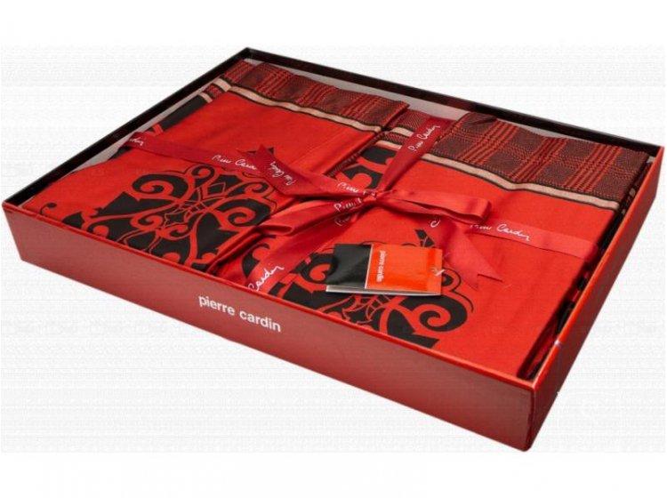 Постельное белье Pierre Cardin. Primavera красного цвета в упаковке